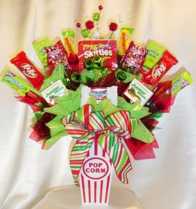 Candy Gift Baskets Gift Wrap for Christmas Party Favors