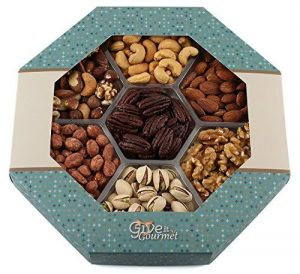 Give it gourmet holiday dried fruit gift baskets