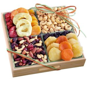 Gourmet Nut and Dried Fruit Gift Tray