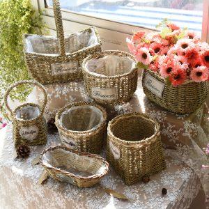 Handmade small peanut basket